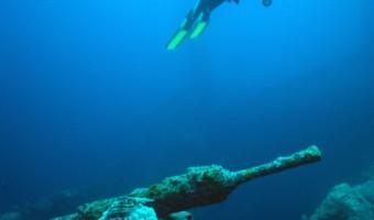 War At Peace Sankisan-Maru | Truk Lagoon, Micronesia